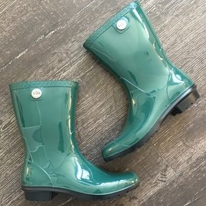 UGG Women's Sienna Rain Boots Green Shoes Size 9